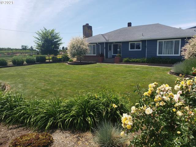 21451 River Rd NE, St. Paul, OR 97137 (MLS #21279833) :: Real Tour Property Group