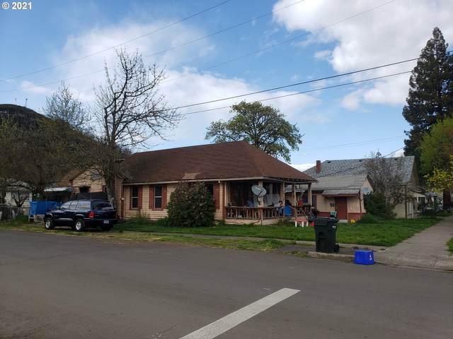 192 SE Miller Ave, Roseburg, OR 97470 (MLS #21279874) :: Song Real Estate