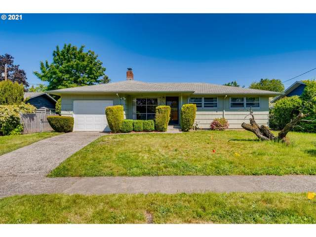 1822 SE 100TH Ave, Portland, OR 97216 (MLS #21282395) :: Change Realty