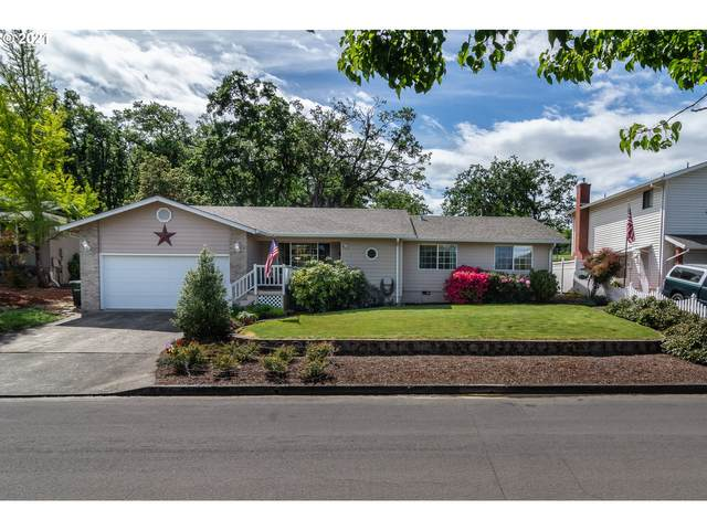 2190 NW Andrea St, Roseburg, OR 97471 (MLS #21282817) :: Real Tour Property Group