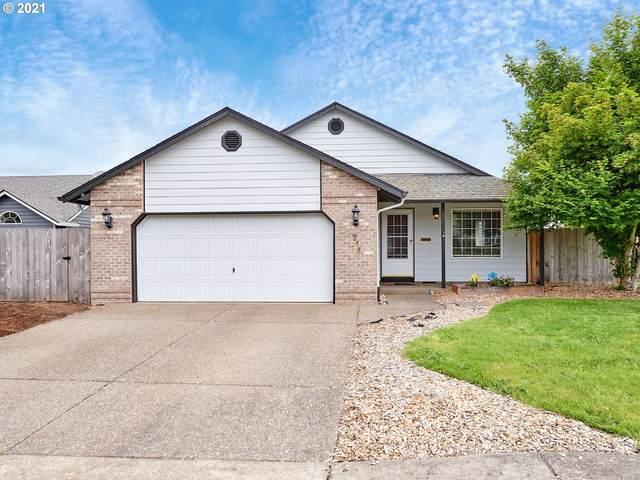 275 Escort St, Molalla, OR 97038 (MLS #21284350) :: Lux Properties