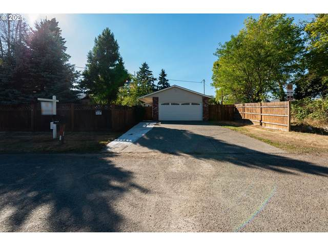 2915 SE 138TH Ave, Portland, OR 97236 (MLS #21286922) :: Gustavo Group