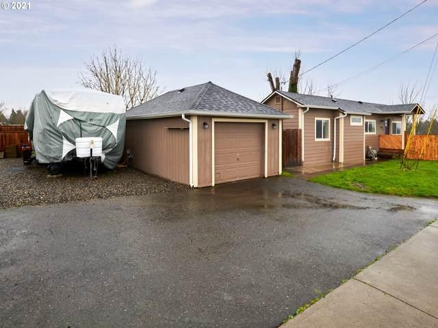 8910 SE Flavel Dr, Portland, OR 97206 (MLS #21289936) :: Fox Real Estate Group