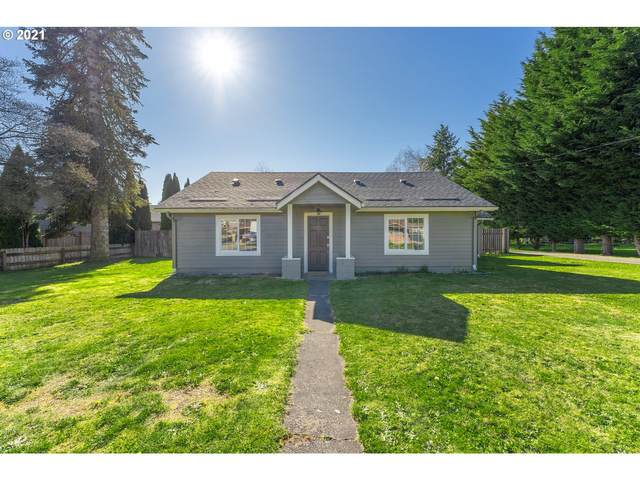 216 NE Clark Ave, Battle Ground, WA 98604 (MLS #21289993) :: Gustavo Group