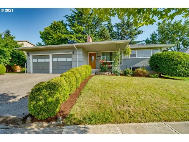 10350 SE Sherman St, Portland, OR 97216 (MLS #21292340) :: Fox Real Estate Group