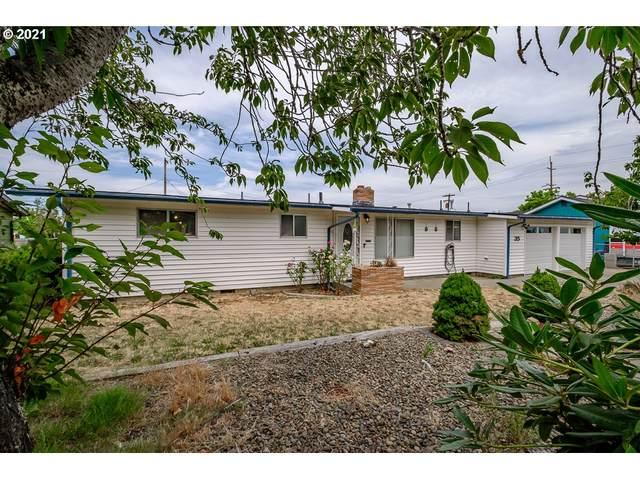 35 W Cedar Dr, Lebanon, OR 97355 (MLS #21292442) :: Duncan Real Estate Group