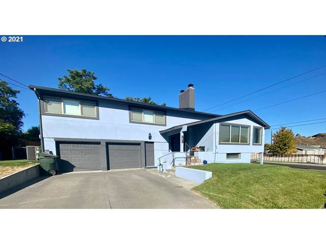 245 NW Butte Dr, Hermiston, OR 97838 (MLS #21293538) :: Fox Real Estate Group