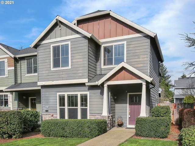 19504 Hummingbird Loop, Oregon City, OR 97045 (MLS #21295972) :: Stellar Realty Northwest