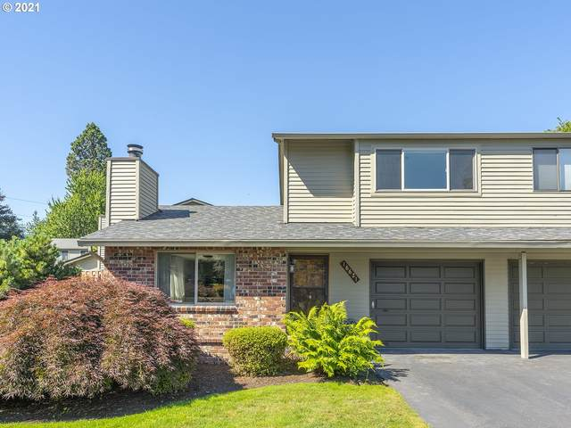 16621 NE Halsey St, Portland, OR 97230 (MLS #21298358) :: Keller Williams Portland Central
