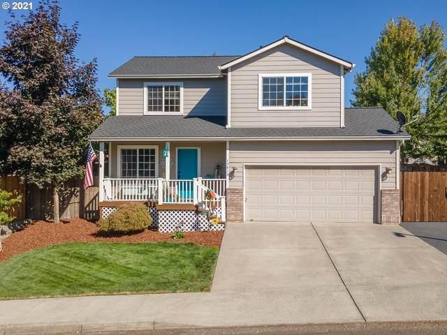 15815 Jade Glen Ave, Sandy, OR 97055 (MLS #21299714) :: Lux Properties