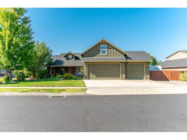 2943 NW 19TH St, Redmond, OR 97756 (MLS #21300509) :: Change Realty