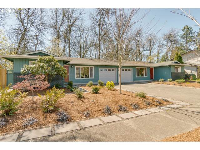3304 E Aquarius Blvd, Newberg, OR 97132 (MLS #21302438) :: Next Home Realty Connection