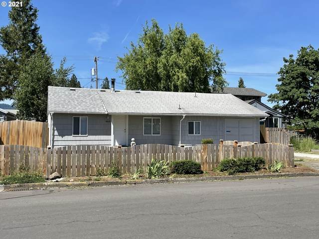 2620 D St, Springfield, OR 97477 (MLS #21303845) :: Townsend Jarvis Group Real Estate