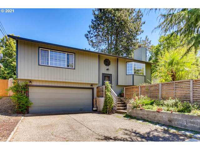 11038 SW 61ST Ave, Portland, OR 97219 (MLS #21304259) :: Fox Real Estate Group