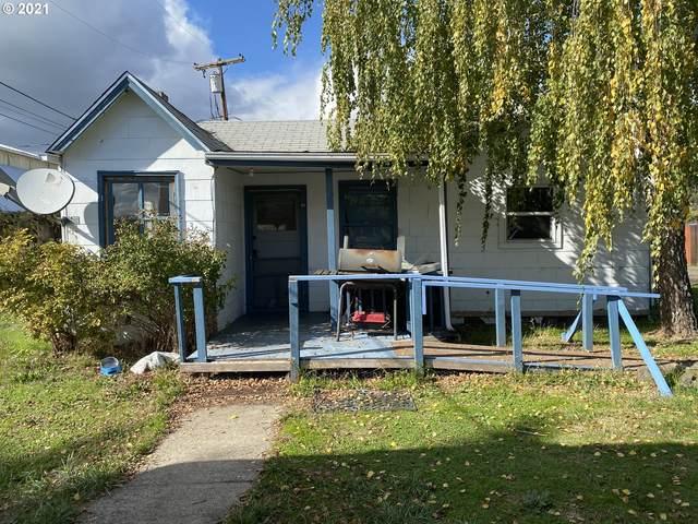 3636 Carnes Rd, Roseburg, OR 97471 (MLS #21304268) :: Premiere Property Group LLC
