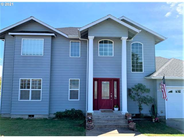 2375 NW Lila Ct, Roseburg, OR 97471 (MLS #21304870) :: Duncan Real Estate Group