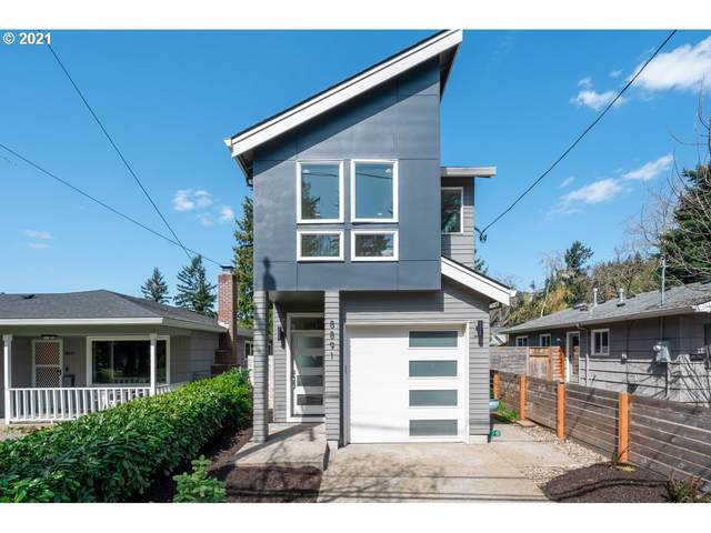 8891 NE Tillamook St, Portland, OR 97220 (MLS #21305262) :: The Pacific Group
