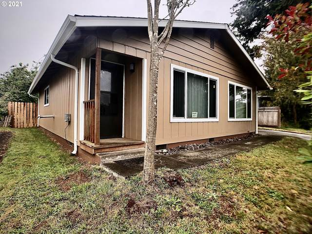 663 S Wasson St, Coos Bay, OR 97420 (MLS #21305879) :: Cano Real Estate