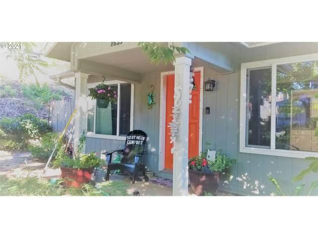 1539 SE Kane St, Roseburg, OR 97470 (MLS #21307138) :: Beach Loop Realty