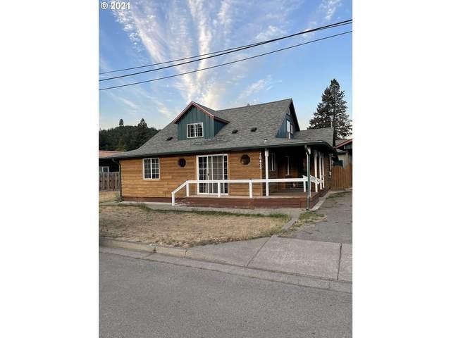 76475 Spot St, Oakridge, OR 97463 (MLS #21308167) :: Lux Properties