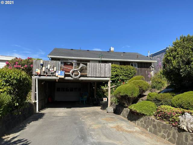 2235 NW Inlet Ave, Lincoln City, OR 97367 (MLS #21309168) :: The Pacific Group