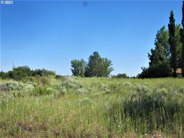 27 Lake Forest Pl, Chiloquin, OR 97624 (MLS #21309859) :: RE/MAX Integrity