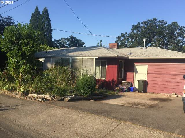 653 W Pilger St, Roseburg, OR 97471 (MLS #21311017) :: Cano Real Estate