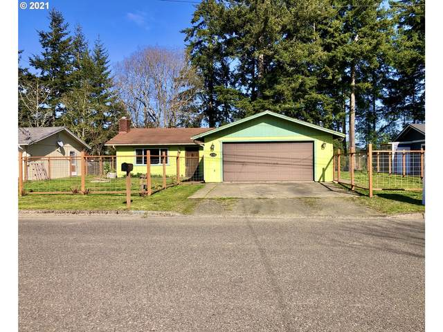 3755 Fir, North Bend, OR 97459 (MLS #21313405) :: Song Real Estate