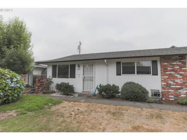 2643 SE 136TH Ave, Portland, OR 97236 (MLS #21313849) :: Beach Loop Realty
