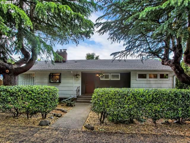 5513 SE Cesar E Chavez Blvd, Portland, OR 97202 (MLS #21315338) :: Premiere Property Group LLC