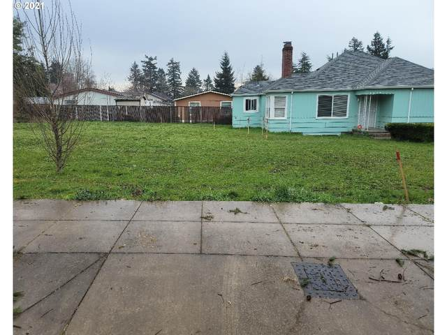 SE 131ST Ave, Portland, OR 97236 (MLS #21315834) :: The Pacific Group