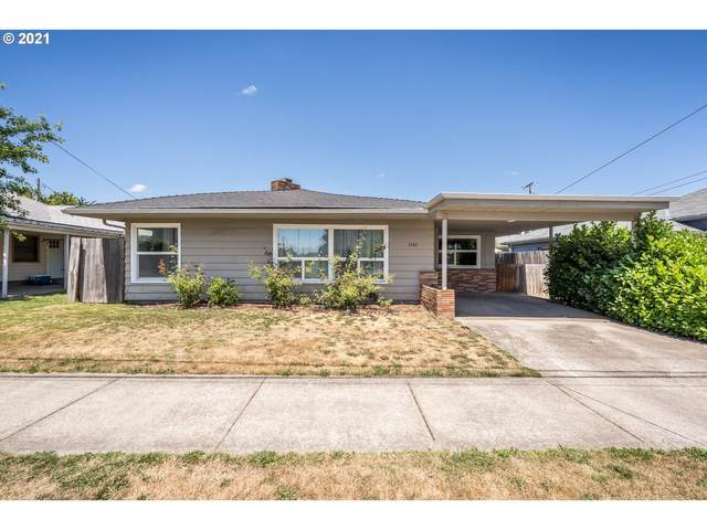 1141 12TH Ave SW, Albany, OR 97321 (MLS #21317882) :: Song Real Estate