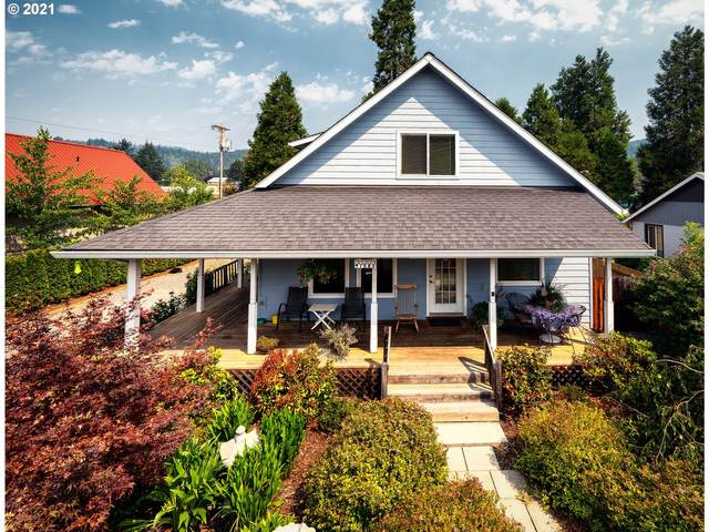 47689 School St, Oakridge, OR 97463 (MLS #21317948) :: Holdhusen Real Estate Group