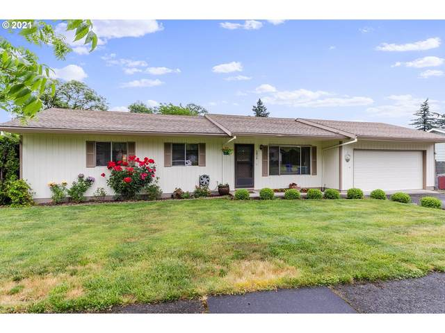 2824 SE 134TH Pl, Portland, OR 97236 (MLS #21318710) :: Townsend Jarvis Group Real Estate