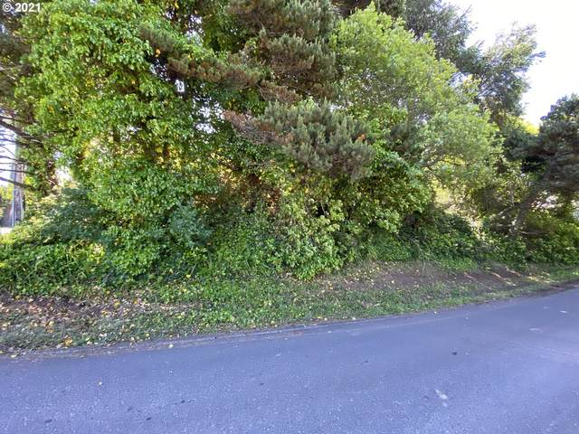 1600 NW 25th St, Lincoln City, OR 97367 (MLS #21318943) :: Stellar Realty Northwest