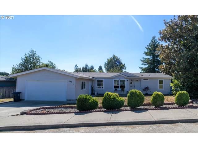 599 N Cedar St, Coquille, OR 97423 (MLS #21319148) :: Holdhusen Real Estate Group
