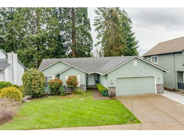14988 SE Sedona Dr, Clackamas, OR 97015 (MLS #21319786) :: Premiere Property Group LLC