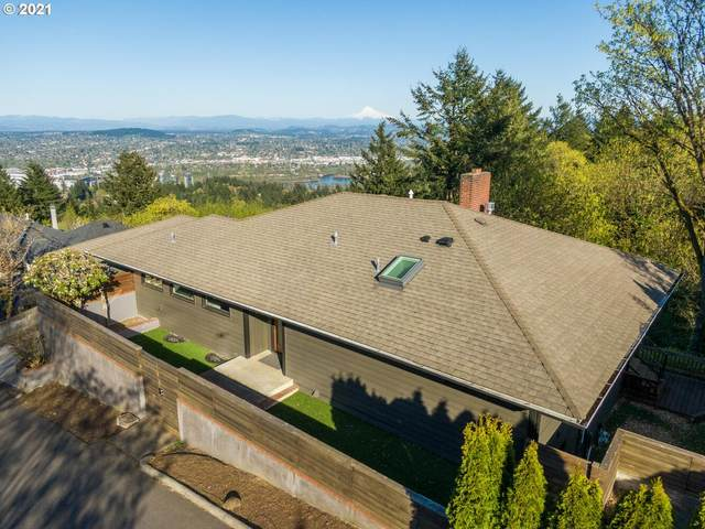 4252 SW Mcdonnell Ter, Portland, OR 97239 (MLS #21322111) :: McKillion Real Estate Group