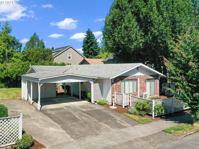 5517 SE 20TH Ave, Portland, OR 97202 (MLS #21322219) :: Townsend Jarvis Group Real Estate