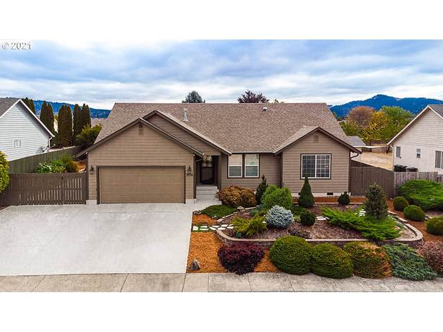 2716 Golfview Ave, Sutherlin, OR 97479 (MLS #21322438) :: Townsend Jarvis Group Real Estate