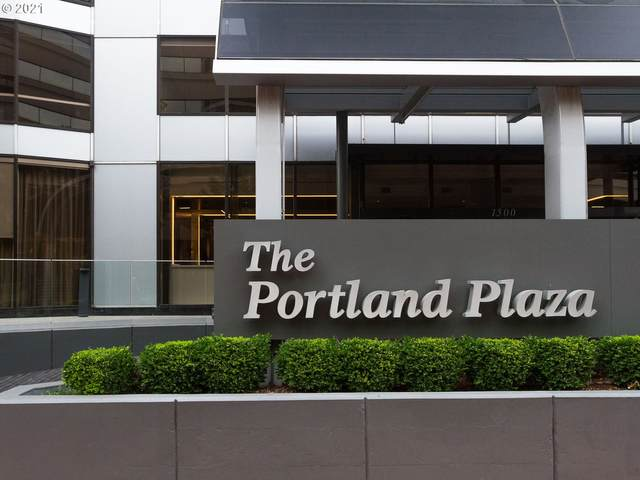 1500 SW 5TH Ave #1702, Portland, OR 97201 (MLS #21322698) :: Real Tour Property Group