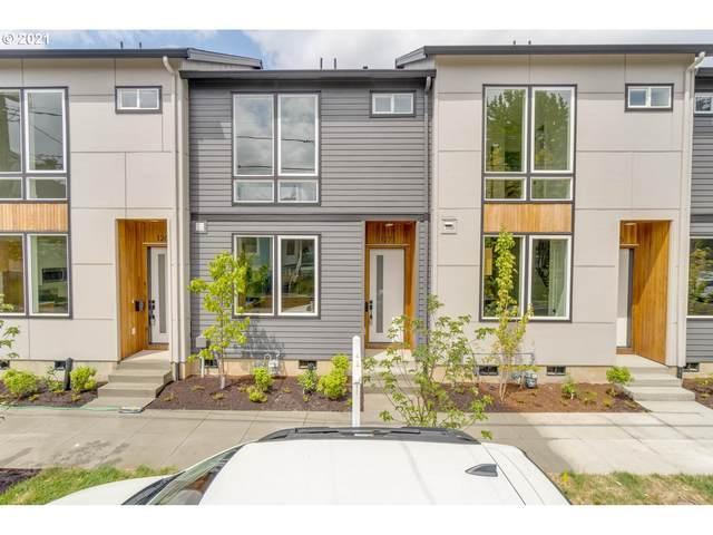1271 SE Ivon St, Portland, OR 97202 (MLS #21323206) :: Real Estate by Wesley