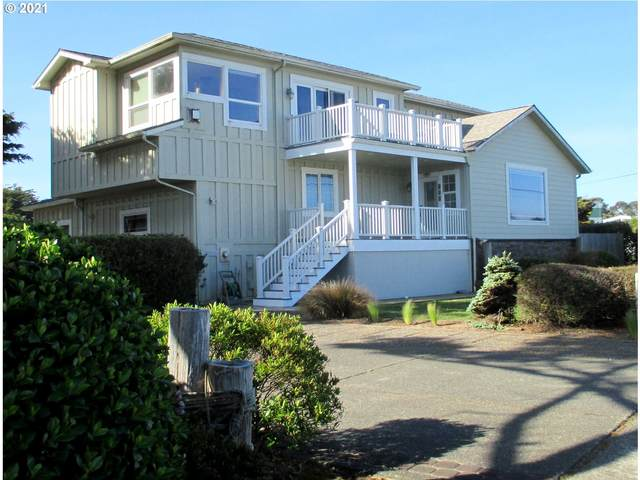 857 Ocean Dr SW, Bandon, OR 97411 (MLS #21323832) :: Beach Loop Realty