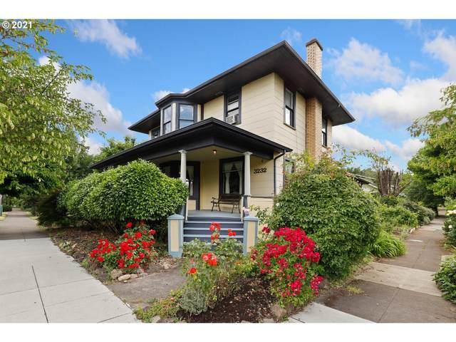 3232 SE 26TH Ave, Portland, OR 97202 (MLS #21323990) :: McKillion Real Estate Group