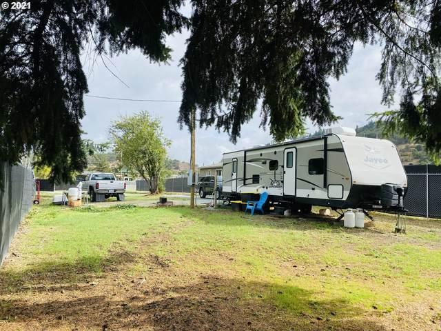 274 Rust Ln, Myrtle Creek, OR 97457 (MLS #21324844) :: Premiere Property Group LLC