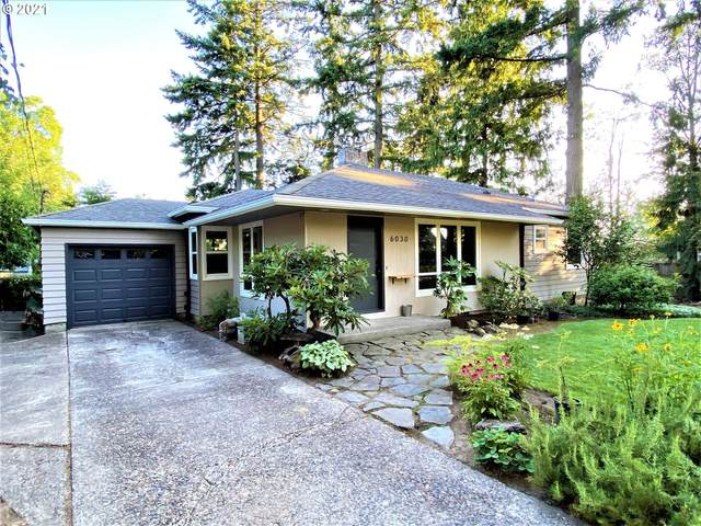 6030 SW Taylors Ferry Rd, Portland, OR 97219 (MLS #21326372) :: Holdhusen Real Estate Group