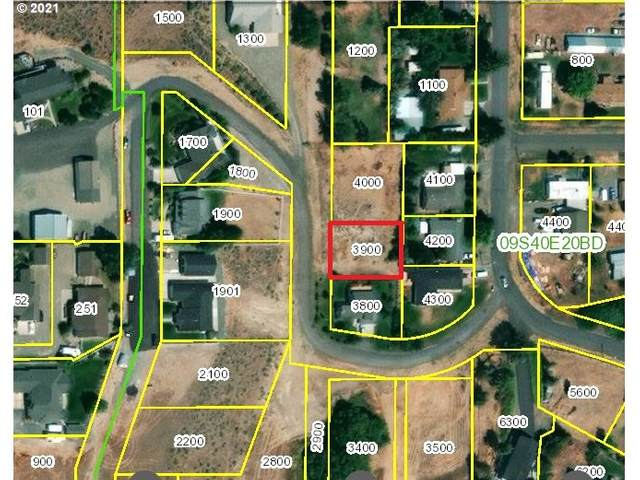 1 Highland Dr, Baker City, OR 97814 (MLS #21329596) :: RE/MAX Integrity