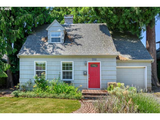 1137 NW Yamhill St, Mcminnville, OR 97128 (MLS #21329716) :: Brantley Christianson Real Estate