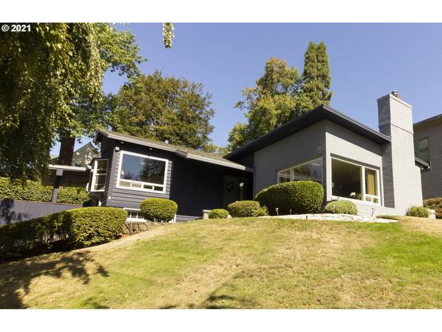 7222 SE 29TH Ave, Portland, OR 97202 (MLS #21334053) :: Song Real Estate