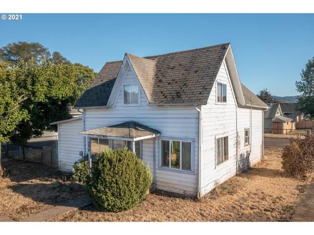 296 Applegate Ave, Yoncalla, OR 97499 (MLS #21335485) :: McKillion Real Estate Group